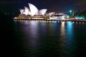 Sydney Opera House by Simon-Hunt