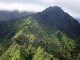 kauai mountains 2 by xthumbtakx