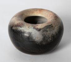Scratched Bee Vessel by wee-beastie
