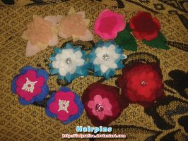Hairpins flowers by LadyRafira