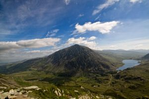 Pen Yr Ole Wen and Llyn Ogwen by CharmingPhotography