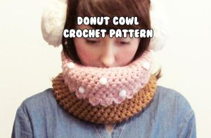 kawaii winter cowl - frosted donut w sprinkles by hellohappycrafts