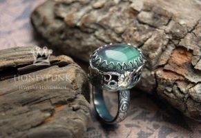 Ring with fluorite by honeypunk