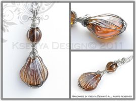 Orange Seashell by KsenyaDesign