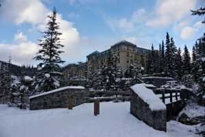 Path to The Fairmont Chateau Lake Louise by dseomn
