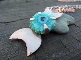 Triple Moon with Solar Quartz by MoonLitCreations