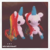 2 unicorn amigurumi by adorablykawaii