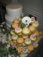 Wedding Cupcakes by PORGEcreations