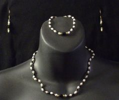 Black and White Bead Necklace by MorganCrone