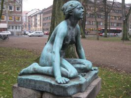 Girl statue 01 by CAStock