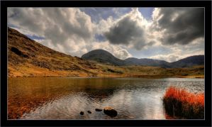 Styhead Tarn by squareonion