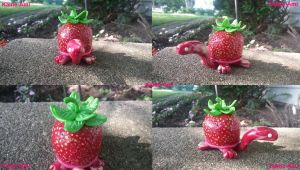 Strawberry the Tortuga by Kame-ami