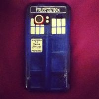 TARDIS Case by lie-in-the-rain