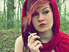 Bad Red Riding Hood. by karo-pawlak