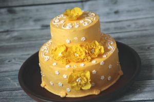 Yellow Flower Cake by ginkgografix