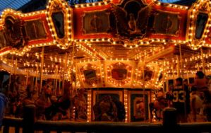 Merry-Go-Round. by lauafer