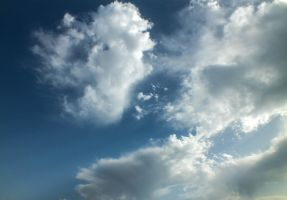 Cloudy sky - 31A by HermitCrabStock