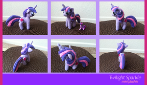 Mini Twilight Plushie (Sold) by PetrucciosPlushies