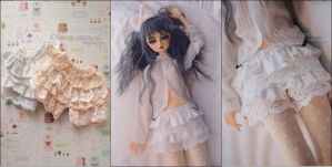FS: Lace Frilly Bloomers (White) by kuroi-carousel
