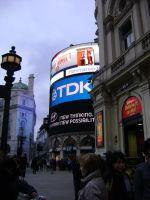 Picadilly Circus by ionshu