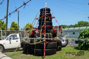 The Christmas Tree Tyres by pfgun0