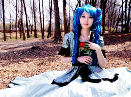 Cosplay- Hatsune Miku (Servant of Evil ver) by CinnamonRing