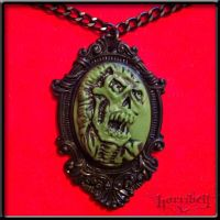 Screaming Zombie Necklace- green by Horribell-Originals