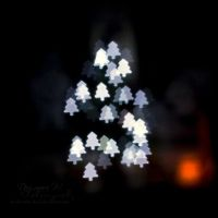 Christmas Tree by head-in-the-cloud