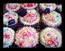 Sweet Deco Cupcakes 3 by Missi-Moonshine