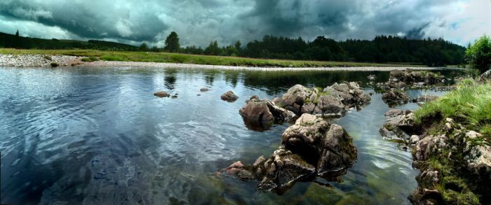 Findhorn- the Colonel's Pool by angussporran