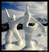 Dancers on the Slopes by sculptin