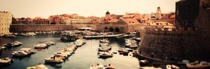 Dubrovnik Bay Panorama by zummerfish