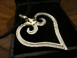 Kingdom Hearts Silver Pendant by Silverthink