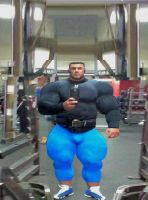 Too wide for selfie by Muscleproud