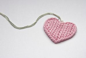 Knitted heart by theKuki