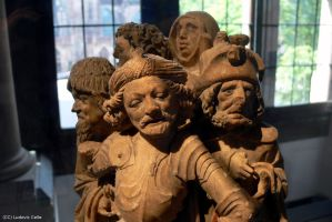 Strasbourg - Statuettes du Musee Oeuvre Notre-Dame by Ludo38
