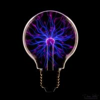The Plasma Bulb by LinsenSchuss