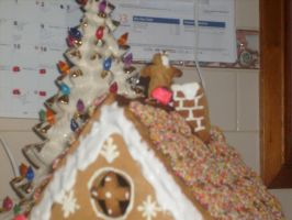 Gingerbread House (2) by jess13795
