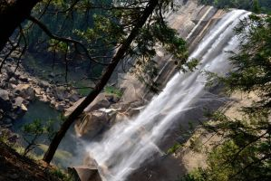 Nevada Falls by BluEyezDigital