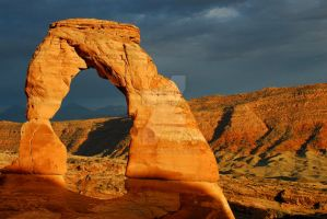 Delicate Arch to the left by houstonryan