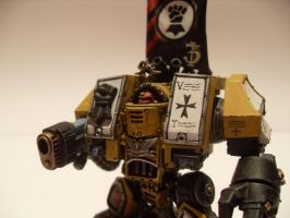 Imperial Fists Venerable Dreadnought by iron-revolution