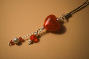 - Heart Cell Phone Strap - by edylisation