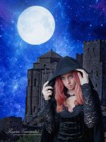 Witch Under Moonlight by RogerioGuimaraes