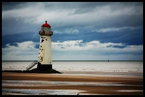 Lighthouse of Rhyl by Esveeka