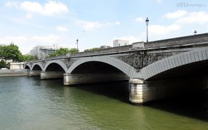 Arches of Pont d'Austerlitz by EUtouring