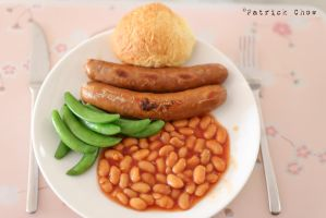 Sausage with baked beans 1 by patchow