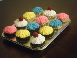 Simple Cupcakes by JezzyHatesJazz