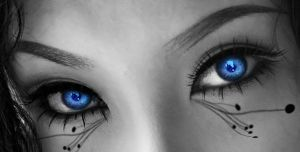 Stuning Blue Eyes by SyntheticBloob