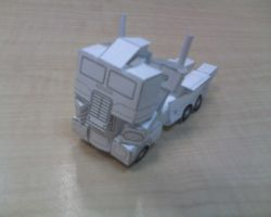 Transformable Ultra Magnus by aim11