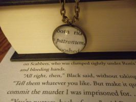 Patronum - Patronus Harry Potter Necklace by GamerKirei